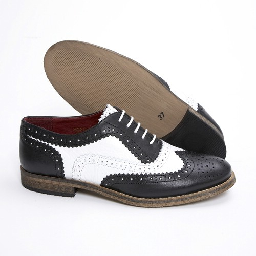 Ladies New Brogue Shoes.jpg